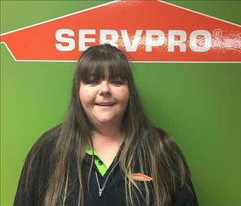 Female SERVPRO employee